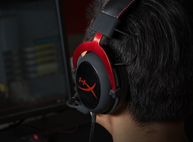 Buy the Corsair HS60 USB Surround Sound Gaming Headset